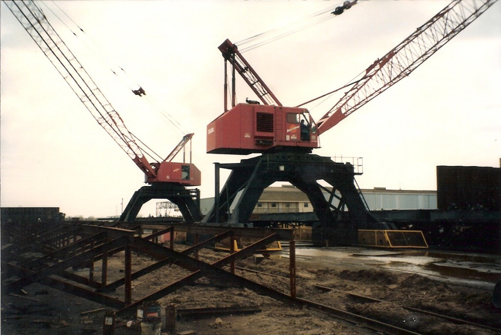 Marine Rail and Barge Lifting System Design